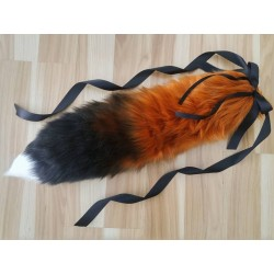 "30"" Red Fox Tail (Airbrushed/White Tip)"